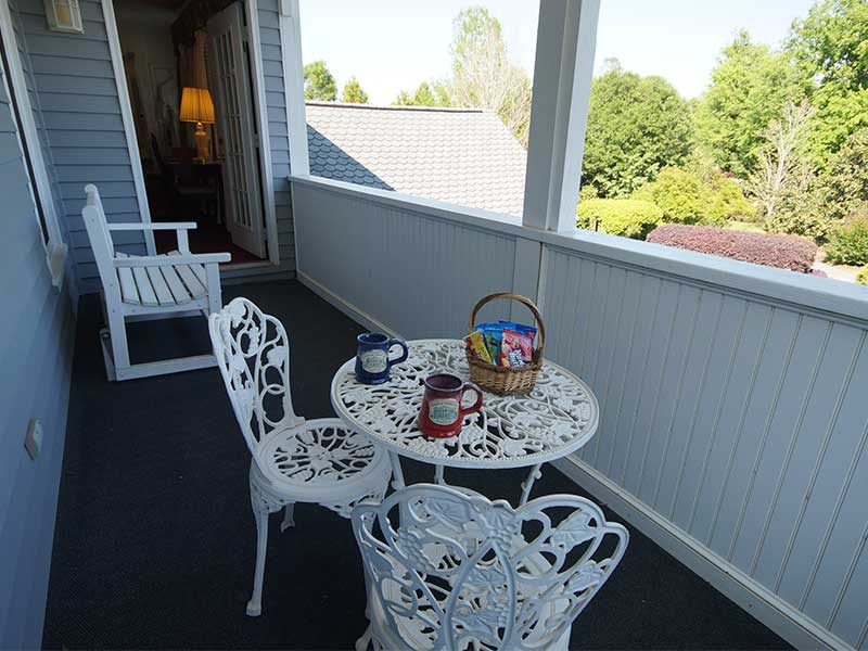 Balcony | Americus Garden Inn Bed & Breakfast, Georgia