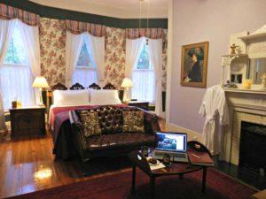 Veranda Suite | Americus Garden Inn Bed & Breakfast, Georgia
